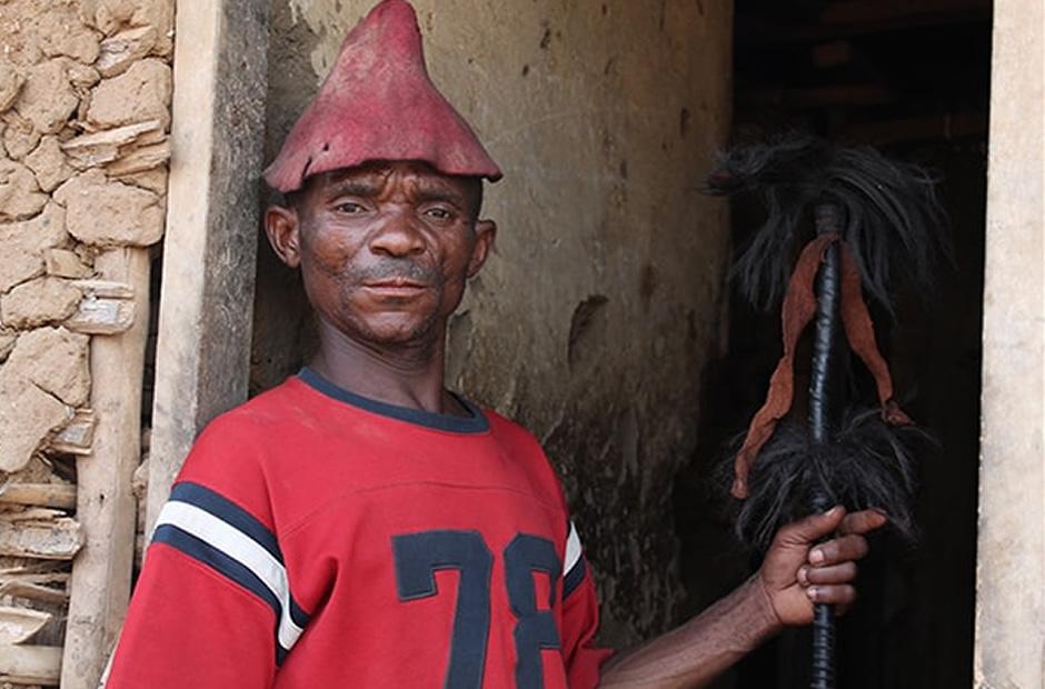 King Nzitu of Batwa