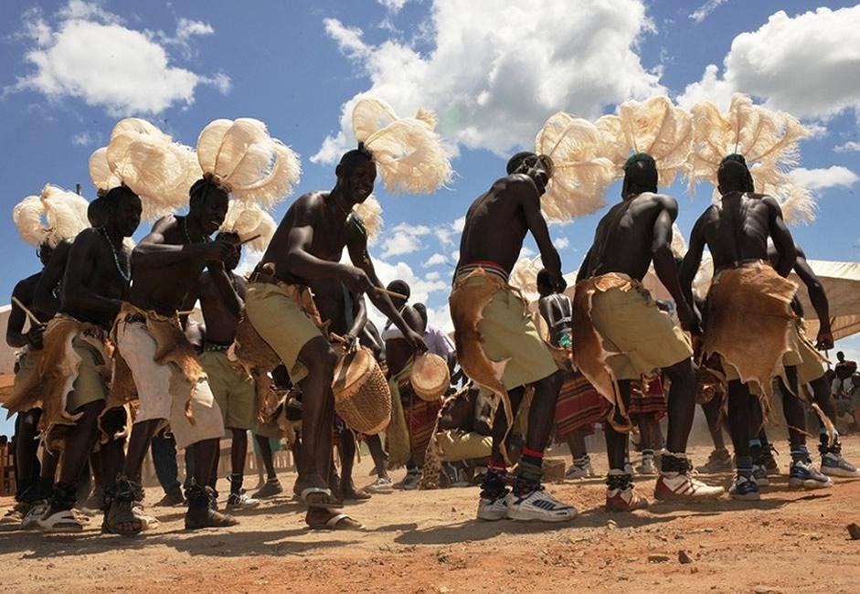Bwola Dance